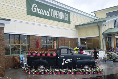 Grand Opening of Lowe's Foods in Lexington, SC